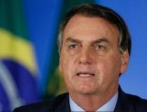 Bolsonaro critica Moisés por causa do isolamento social no estado