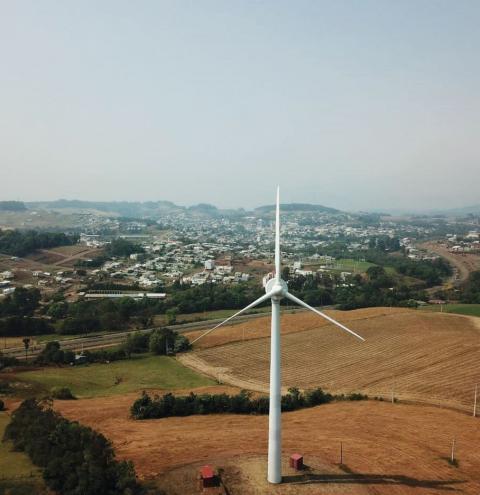 Torre eólica deve gerar energia para 900 residências