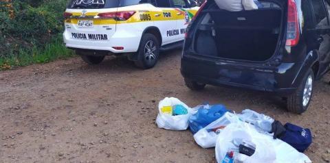 Veículo com mercadorias contrabandeadas é apreendido em Palma Sola