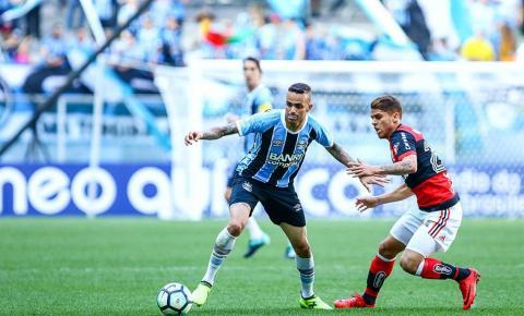 Há quatro jogos sem vencer, Grêmio fecha rodada a seis pontos do Z4