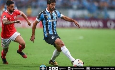 Primeiro Grenal da Libertadores termina em 0 a 0 e com oito expulsões