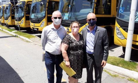 Municípios recebem ônibus para transporte escolar