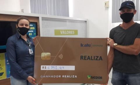 Sicoob premia associado de Romelândia