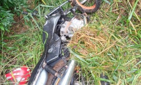 Suspeitos de furtar moto sofrem grave acidente na SC-305