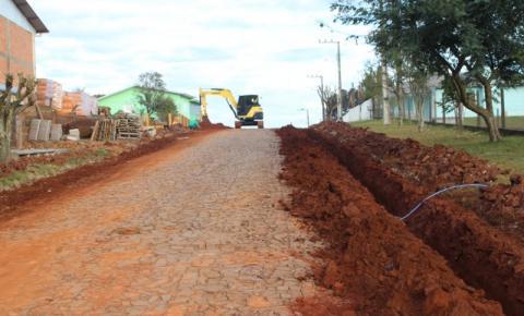 Casan refaz encanamento de ruas que serão asfaltadas
