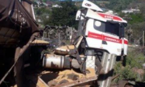 Caminhão desgovernado mata pessoas em Romelândia