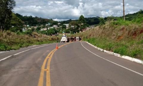 Grupo pode estar roubando placas de sinalização para causar acidentes e furtar cargas na curva da morte